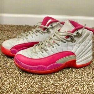 Jordan Retro 12 Valentines Dynamic Pink Girls 4Y